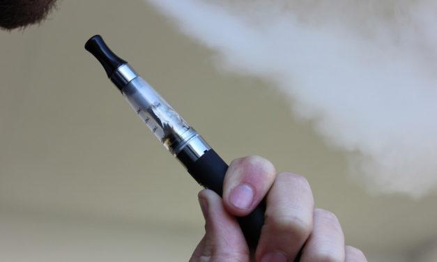 Une boutique vous aide à trouver une cigarette électronique adaptée à vos besoins